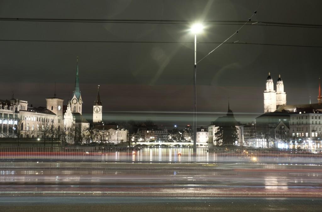 2142_Quaibrücke_Nacht_170307_47